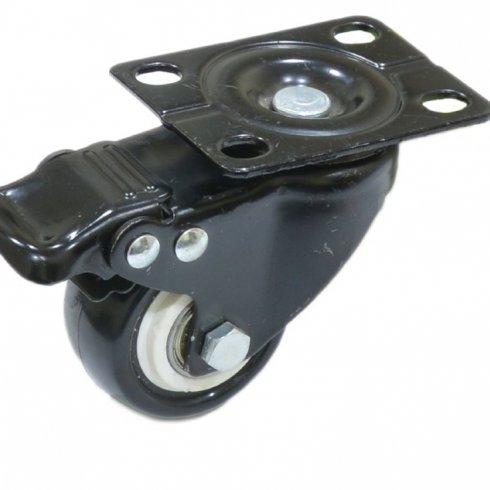 Колесо черная резина поворотное с тормозом 63 мм